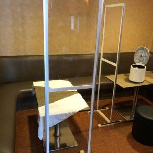 平塚市のスナック、カラオケリース店に感染防止用パーテーション設置のお手伝いをしてきました。令和3年4月19日